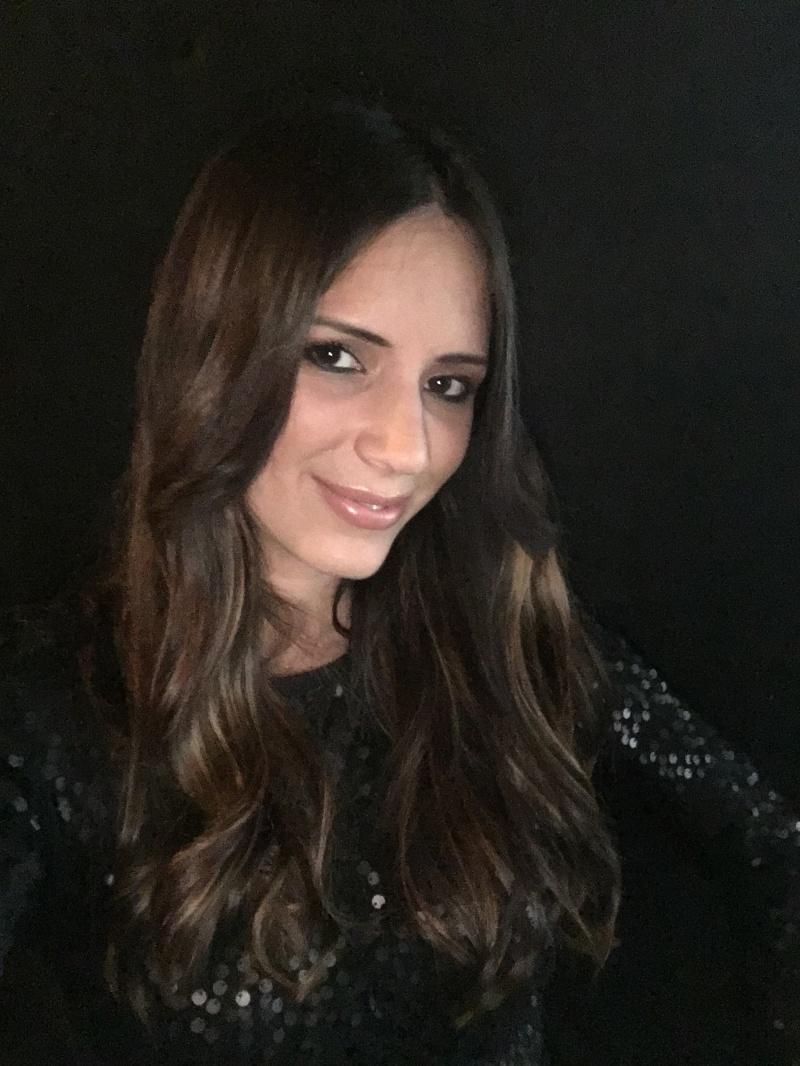 Sara Kobold Mlada slovenska pjevačica po prvi put pjeva na hrvatskom jeziku