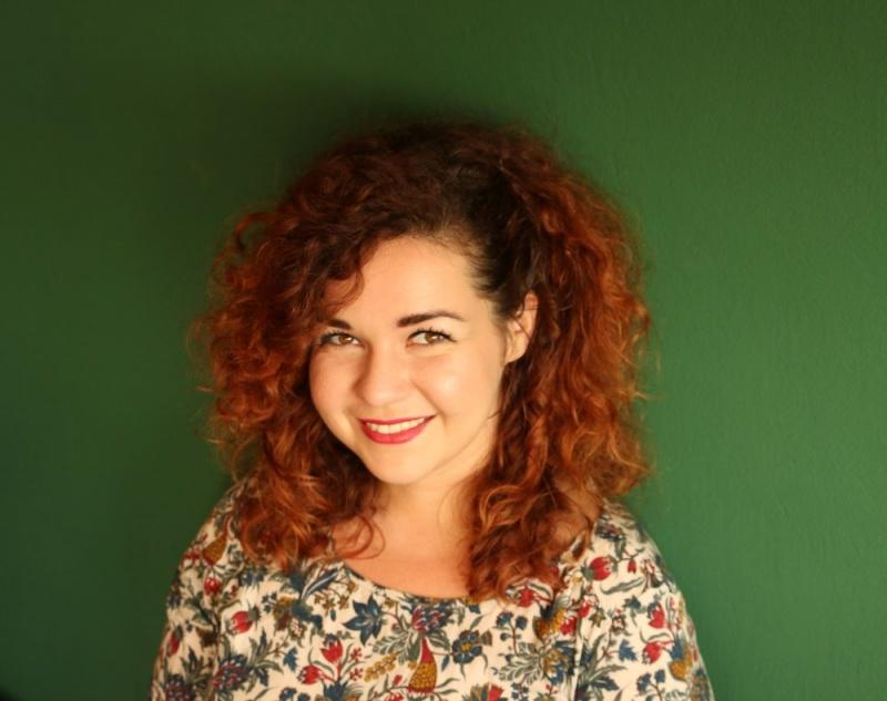 """Novim singlom """"Bar još tren"""" Luce otkriva svoju vedriju stranu"""