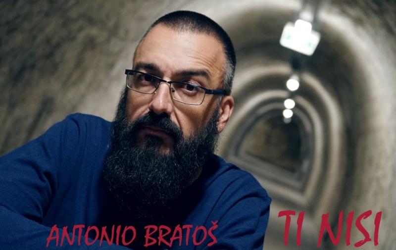 Neobičnom pjesmom o neuzvraćenoj ljubavi Antonio Bratoš otkriva svoju tamnu stranu i predstavlja drugi singl s nadolazećeg albuma