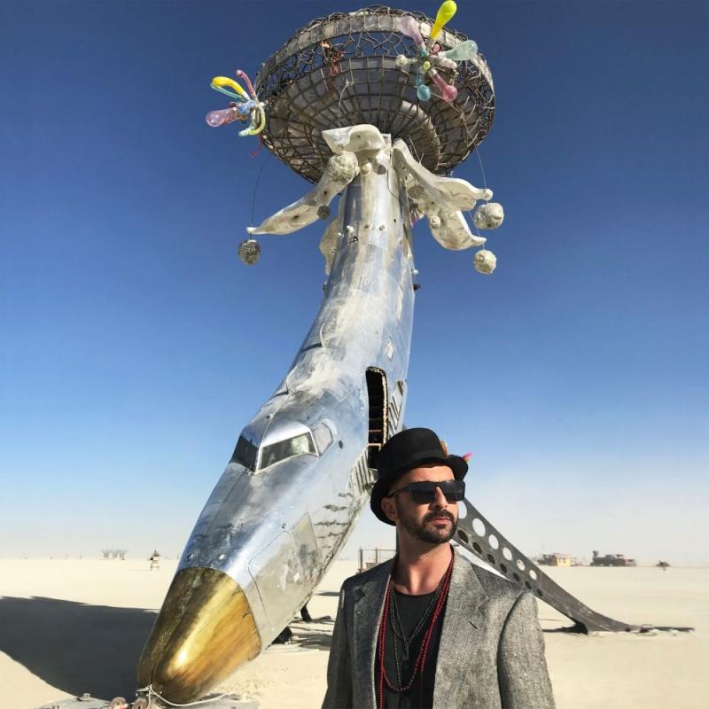 """Matteo Cetinski se nakon 20 godina vraća na glazbenu scenu – pogledajte teaser spota za pjesmu """"Stopimo boje""""!"""