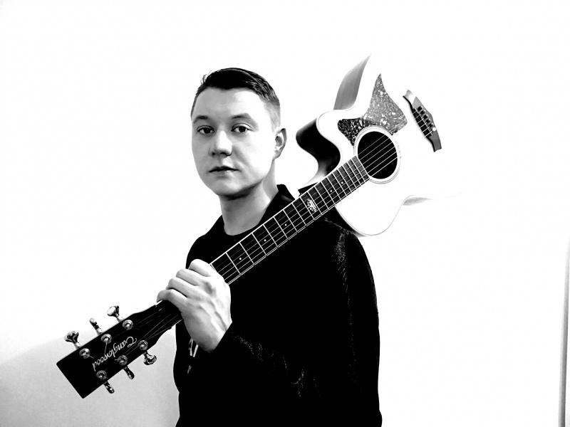 """Tomislav Užarević ima novi singl, sniman u dvije države, 3 studija s tri različita producenta! Poslušajte """"Kanon""""!"""