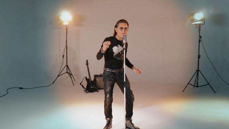 Pop pjesma s čvrstim ritmom i rock gitarom – pogledajte spot za pjesmu Srebro – zlato Jasmina Stavrosa