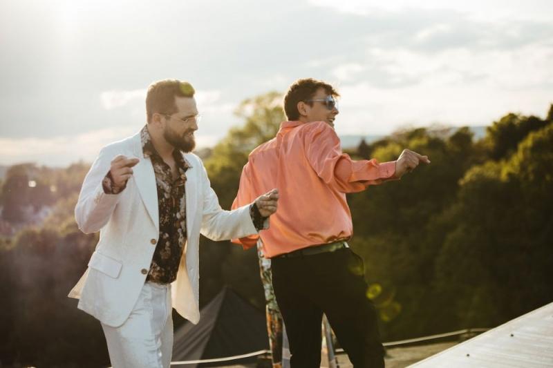 """""""Zaplesala je s ljetom"""" Matija Cvek i Marko Kutlić imaju ljetni hit"""